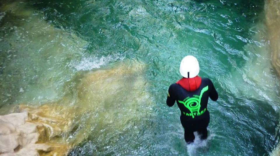 Barranquismo Guara: Vive este deporte de aventura
